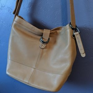 Lucky Brand Bags - Lucky Brand ✨ leather purse